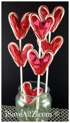 Valentine's Day Lollipop Bouquet How-To ~ Says: tastes amazing and it's pretty to look at too... These are going to make some of the best Valentine's Day gifts for teachers, friends and kids too!