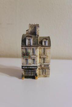 J. CARLTON Dominique Gault HOTEL S'GERMAIN Miniature Building House 218191
