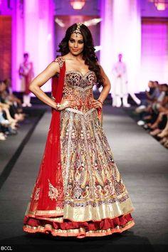 Bipasha Basu walks the ramp for designers Anjalee and Arjun Kapoor on Day 3 of India Bridal Fashion Week