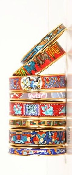 Hermes Bangles -- They're so playful and bright they remind me of Hipanema layers :) Hermes Bracelet, Hermes Jewelry, Hermes Belt, Bangle Bracelets, Bangles, Jewelry Accessories, Fashion Accessories, Jewelry Design, Fashion Jewelry