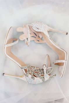 Gorgeous crystal heels//