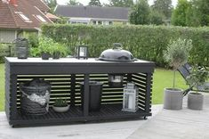 An outdoor kitchen can be an addition to your home and backyard that can completely change your style of living and entertaining. Outdoor Bbq Kitchen, Outdoor Kitchen Design, Outdoor Cooking, Outdoor Barbeque, Outdoor Seating, Outdoor Spaces, Outdoor Living, Outdoor Decor, Backyard Bar