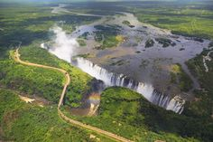 """""""Victoria Falls is a waterfall in southern Africa on the Zambezi River at the border btw Zambia and Zimbabwe. One of the wonders of the world"""" Beautiful Places In The World, Places Around The World, Around The Worlds, Pula, Chutes Victoria, Safari, Sites Touristiques, Destinations, Les Cascades"""