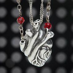 anatomical_heart_necklace_closeup