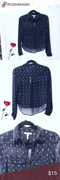🆕 L I S T I N G 💙 B E R S H K A Blue Aztec Shirt Bershka • Navy / Dark Blue • Button Down • Long Sleeve • Shirt / Blouse / Top • with Aztec Pattern • 2 front pockets • Sheer • size S • gently used condition • bundle & save • 💙✨ M A K E  A N  O F F E R ✨💙 Bershka Tops Button Down Shirts