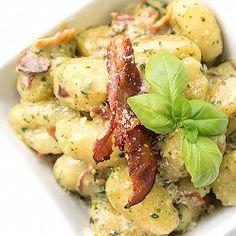 Bramborové noky s bazalkovým pestem Penne, Mozzarella, Potato Salad, Potatoes, Ethnic Recipes, Food, Potato, Essen, Meals