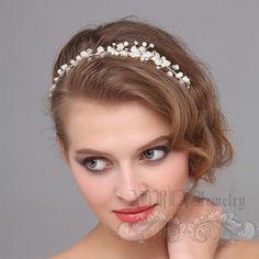 Hochzeit Haarschmuck Bridal Stirnband Elfenbein von adriajewelry                                                                                                                                                                                 Mehr