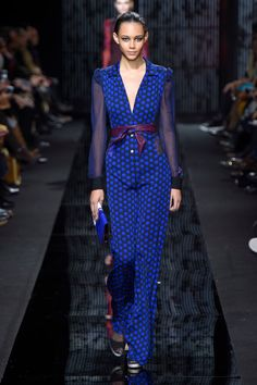A look from the Diane von Furstenberg Fall 2015 RTW collection.