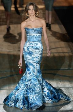Porcelain Inspired Fashion. I have seen pictures of Victoria Beckham wearing this gorgeous dress