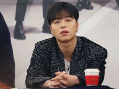 Ikon Junhoe, Kim Hanbin, Jay Song, Kpop Boy, Bigbang, Bobby, Dancer, Songs, Guys