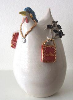 Handgefertigtes Unikat aus Keramik, Crazy Chick, Dekoration, Garten Vase, Home Decor, Ceramic Birds, Lawn And Garden, Dekoration, Decoration Home, Room Decor, Vases, Home Interior Design