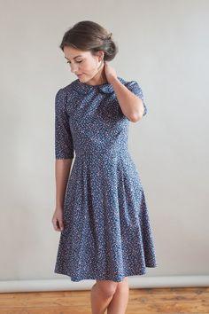 Floral dress with peter pan collar image 3 Trendy Dresses, Modest Dresses, Simple Dresses, Casual Dresses, Summer Dresses, Elegant Dresses, Sexy Dresses, Blue Dresses, Formal Dresses