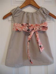 The Perfect Little Party Dress pattern and tutorial 12M-5T EASY SEW two ways to wear it. $6.00, via Etsy.