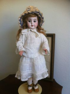 Armand-Marseille-Doll-w-French-Look
