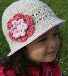 Girls Sun Hat Crochet Hat Pattern No.106 por bubnutPatterns