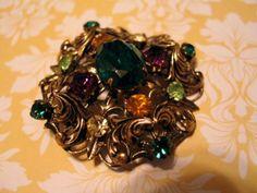 Ornate-Vintage-Nouveau-Style-Brooch-Pin-Green-Amber-Glass-Rhinestones-Czech