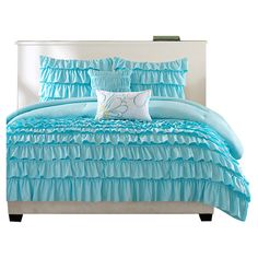 Blue ruffle bedding sets are so pretty, they work so well in a teen room or girls room. This page is loaded with blue ruffle bedding sets from different online retailers. Teen Bedding, Queen Bedding Sets, Luxury Bedding Sets, Comforter Sets, Modern Bedding, Blue Bedding, Bedroom Comforters, Chevron Bedding, Blue Duvet