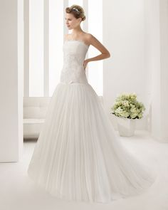 7B110 NAIS | Wedding Dresses | 2015 Collection | Alma Novia