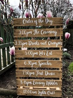 Order of the day wedding pallet is part of Pallet wedding Let your guests know what to expect with one our order of the day mini pallets The perfect addition to your wedding decor This reclaimed - Pallet Wedding, Wedding Signage, Farm Wedding, Wedding Tips, Wedding Ceremony, Wedding Planning, Wedding Day, Dream Wedding, Rustic Signs For Wedding