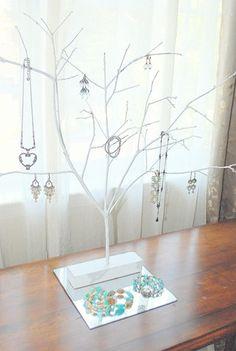 DIY jewelry tree