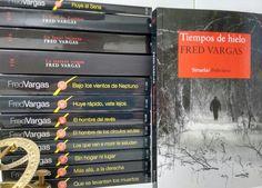 La familia y uno mas #FredVargas #Adamsberg #LostresEvangelistas #TiemposdeHielo Fred Vargas, Paper, Books, Libros, Running Away, Book, Book Illustrations, Libri