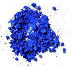 Pour obtenir des bases colorées, il vous suffit d'ajouter des oxydes métalliques à un émail blanc ou à un émail transparent. Pour cela il faut diluer les oxydes dans de l'eau et laisser reposer le mélange une journée pour que les oxydes s'hydratent bien....