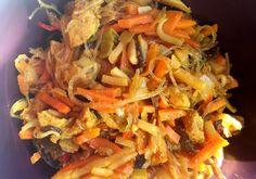 Kliknij i zobacz więcej. Japchae, Curry, Ethnic Recipes, Food, Diet, Curries, Essen, Meals, Yemek