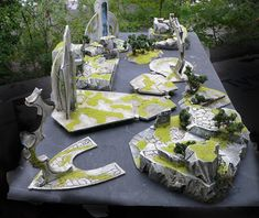 Gallery of foam scenery and terrain for miniature tabletop war games, created with Hot Wire Foam Factory tools and products. Game Terrain, 40k Terrain, Wargaming Terrain, Warhammer 40k Tabletop, Warhammer Terrain, Warhammer 40k Dark Eldar, Warhammer 40000, Foam Factory, Tabletop Rpg