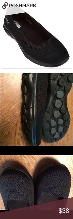 SALE!  Skechers GO Step mesh ballet sneakers. NWOT See last photo.  Black  Size 7 Skechers Shoes Sneakers