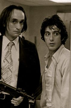 John Cazale and Al Pacino in 'Dog Day Afternoon', 1975.
