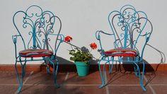 Bellos Sillones de hierro para niños  Cantidad: 2  Con almohadones tejidos incluidos  $ 600 c/u    http://www.facebook.com/pages/La-Ochava-Tienda-Deco/239496502772786