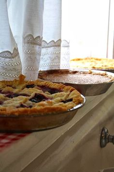 Hello ladies, hope everybody had a great weekend! Today let's pin a Sugar Pie House with beautiful country kitchens, everything you need to bake pies and of course mouth watering pies. PLEASE DON,T PIN RECIPES! Have fun!