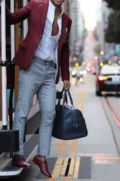 Men's Summer Outfits: 50 Day Outfit Ideas Like Celebrities New 2019 - Page 13 of 50 - eeasyknitting. Men Fashion Summer, Mens Fashion Suits, Classy Mens Fashion, Man Fashion, Mode Masculine, Blazer Outfits Men, Mode Man, Moda Formal, Style Masculin