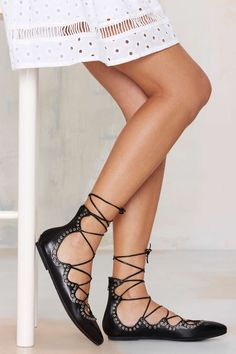 Jeffrey Campbell Prudence Flats | Shop Shoes at Nasty Gal!