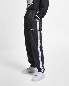 info for e8a83 4c695 Nike Pants Sportswear Windrunner