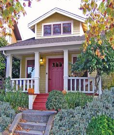 Love the look and feel of Craftsman homes. Tumbleweed's got most of the external look and feel, but the interiors are lacking in the charm, built-in functionality, and quality of real Craftsman homes. Nevertheless, I'd take one in a heartbeat. I'm hungry for a real home.