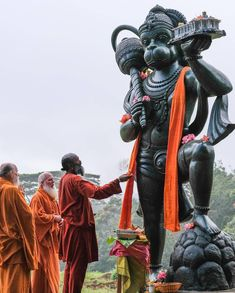 Shree Hanuman Chalisa, Jai Hanuman, Hanuman Pics, Hanuman Ji Wallpapers, Hanuman Wallpaper, Lord Shiva Pics, Lord Krishna Images, Om Art, Beautiful Girl Facebook