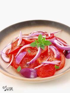 Dressing-uri pentru salate de primavara • Bucatar Maniac • Blog culinar cu retete My Recipes, Favorite Recipes, Healthy Recipes, Healthy Food, Chinease Food Recipe, Good Food, Yummy Food, Barbecue Recipes, Canning