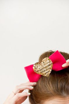 DIY Sequin Heart Hairclip