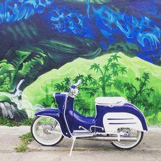 Schwalbe im Blau-Weiß-Design von Simson Fan Mathias Große #simson #schwalbe #akf