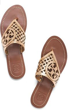 Metallic thong Tory Burch sandals http://rstyle.me/n/hwkq6nyg6