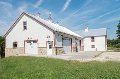 Check out this new detached garage and barn