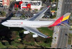 Asiana 747-400