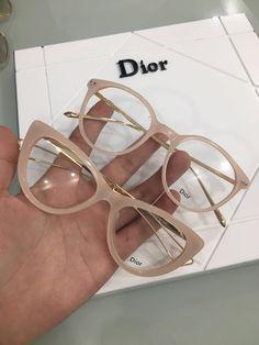 Óculos de Grau Dior e Fendi na cor Nude