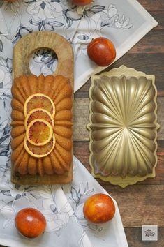 Bizcocho de Almendra, Yogur y Naranja | CON HARINA EN MIS ZAPATOS Baked Apples, Healthy Sweets, Pound Cake, Waffles, Cookies, Baking, Breakfast, Desserts, Recipes