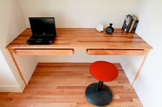 Upcycled Style: Recycled Floorboards to Built-In Desk — Los Angeles Times
