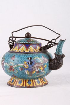 "铜胎掐丝珐琅茶壶[CHINESE] A CLOISONNE ENAMEL TEA POT W:7"" H:5"""