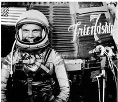 Morre aos 95 anos, o astronauta lendário John Glenn  https://angorussia.com/noticias/mundo/morre-aos-95-anos-astronauta-lendario-john-glenn/