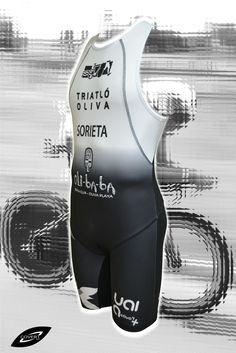 Tritraje, Mono triatlón personalizado, Covert Sport, Ropa Deportiva Personalizada