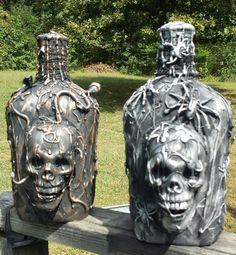 Halloween Spells, Halloween Potion Bottles, Halloween Apothecary, Holidays Halloween, Halloween Crafts, Happy Halloween, Halloween Projects, Diy Halloween Decorations, Bottle Art